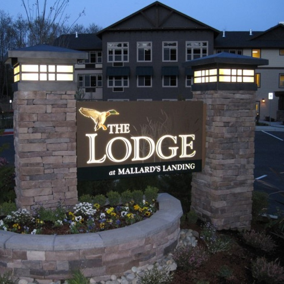 steel-partners-lighting-the-lodge-mallard-landing